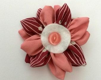 Kanzashi fabric flower brooch, pink brooch, kanzashi brooch, fabric brooch, brooches and pins, ladies brooch, ladies accessories,