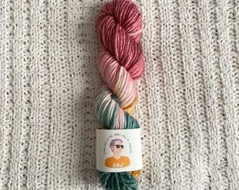 Single ply chunky hand dyed yarn