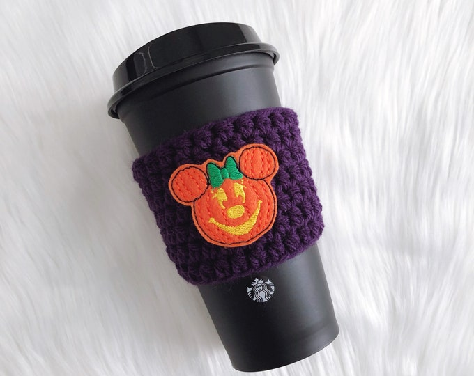 Featured listing image: Pumpkin Minnie Cozy