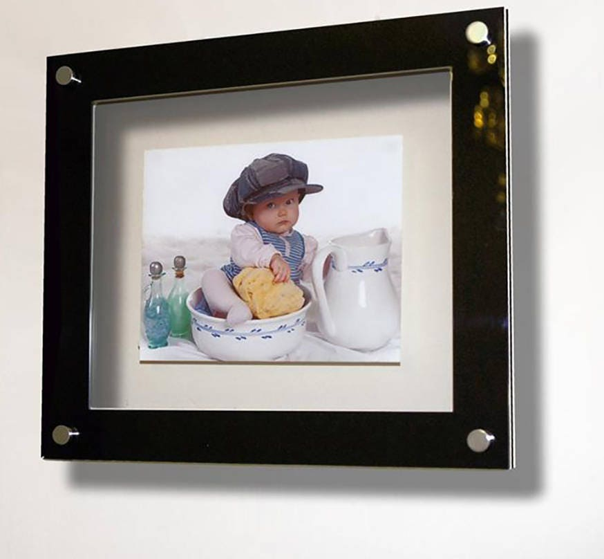 Floating 3D Acrylic wall mount 10 x 8 /25 x 20 cm / 8 x 10 picture ...