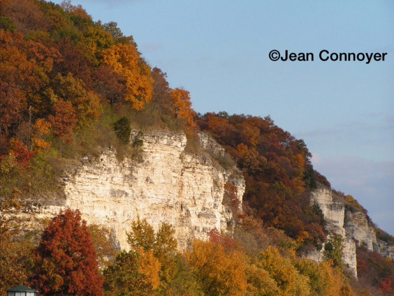 Bluffs Along the Mississippi