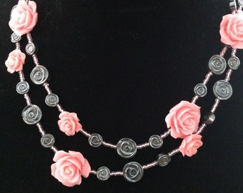 Stormy Roses Necklace