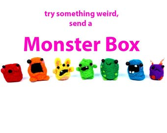 Mini Monster BOX, send a Surprise -  a single Mini  Monster and a monster accessory
