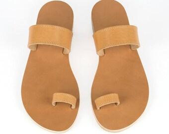 e553d8a6a9c593 Toe ring sandals