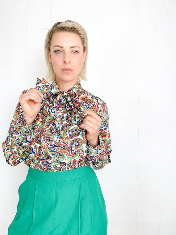 Vintage Blouse with Neck Bow - Ascot Blouse - 70s