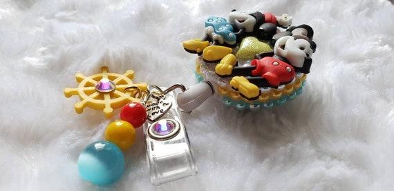 "Minnie Mouse Glove Kawaii ID Badge Holder Retractable Reel 36/"" Slide On Clip"