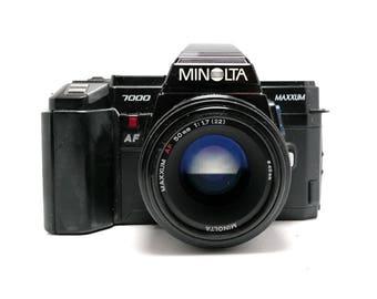 Minolta Maxxum 7000 - 50mm 1.7 lens - Vintage SLR Camera