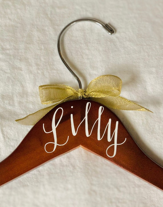 Personalized Hanger Gold Bow | Hand-lettered, Wedding, Bridesmaid hanger, Personalized Hanger, Customized, Bridesmaid Gift, Robe Hanger