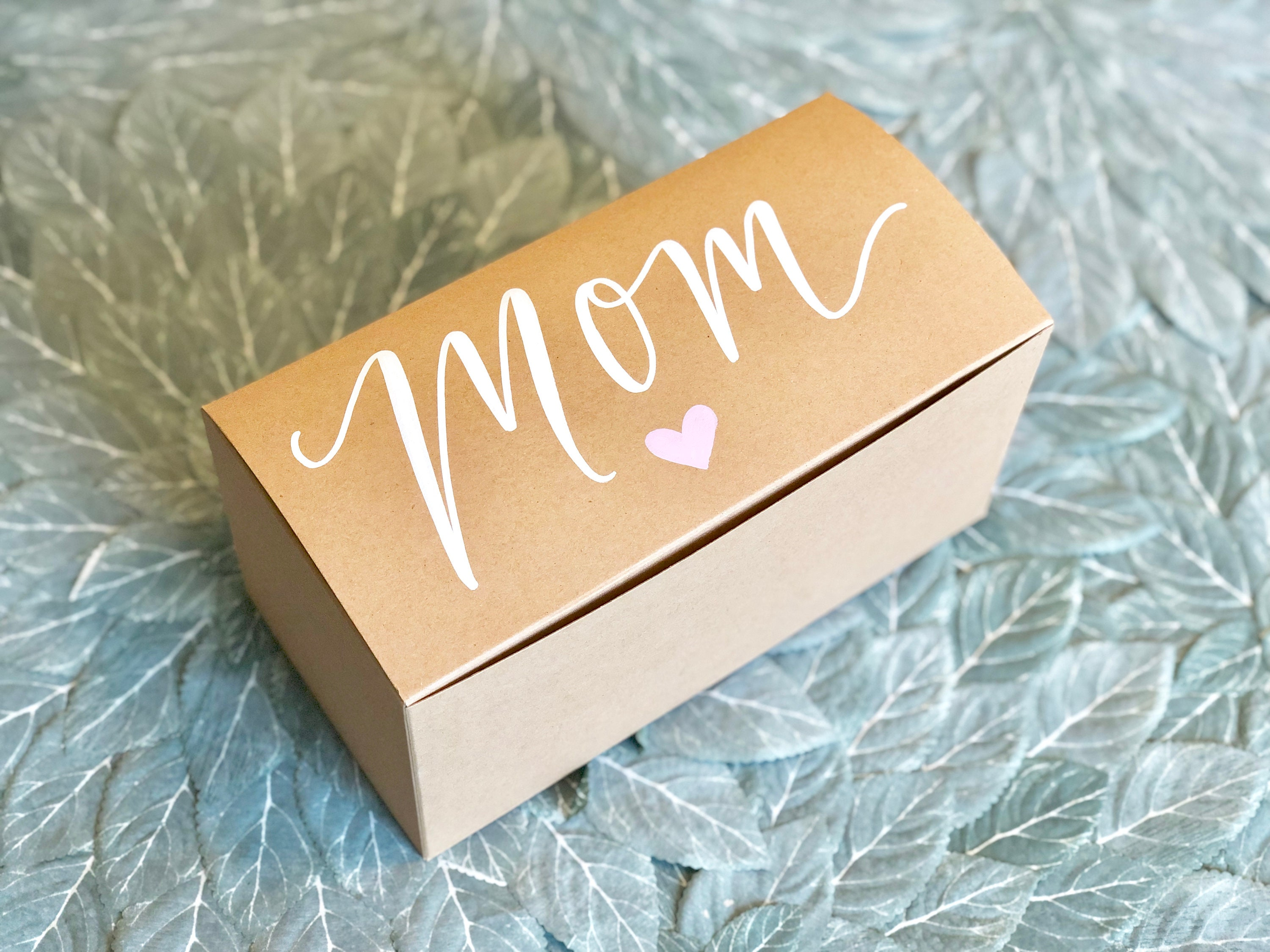 Mother S Day Personalized Gift Box Mom Gift Box Choice Of Heart