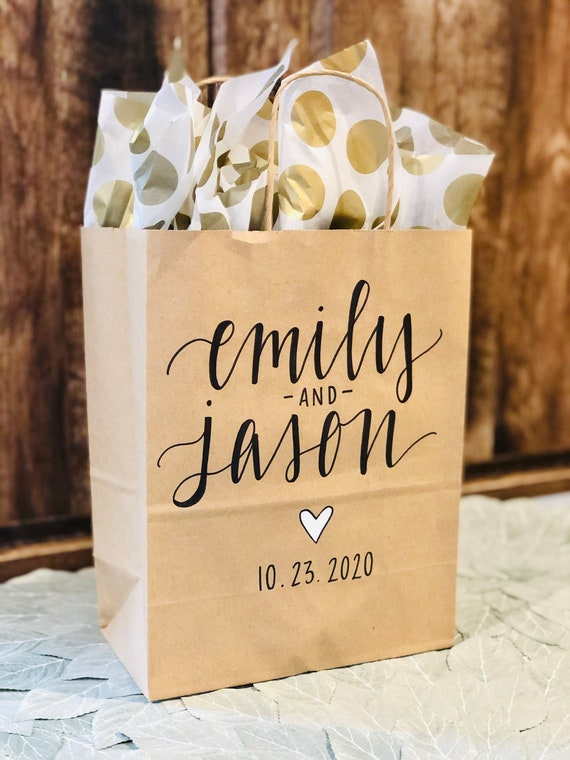 Personalized Wedding Gift Bags | Two Names and Date | Set of 10 | Hand-Lettered Hotel Bags | Welcome Bags | Engagement Party | Brown Kraft