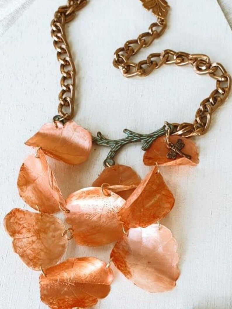 Genuine Dyed Fish Scale 100g Natural Craft Jewelry Art Supply Design Handmade White Flower Bone Jewelry Making Rose Petals