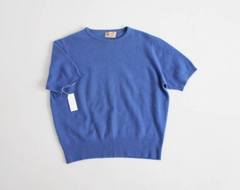IMPERFECT 1950s blue cashmere sweater | cobalt blue top | Peck and Peck