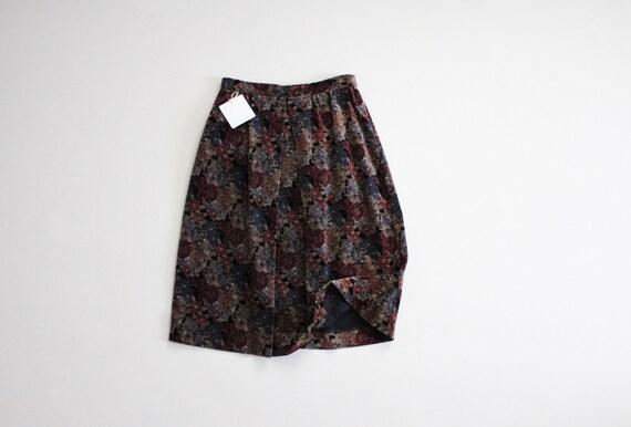 floral velvet skirt | dark floral skirt | velvet f