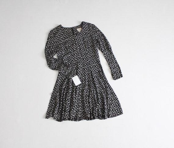 black vine dress | vine print dress | short rayon