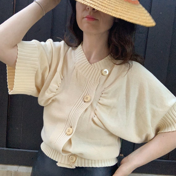 Vintage 30s Cream Knit Buttoned Sweater