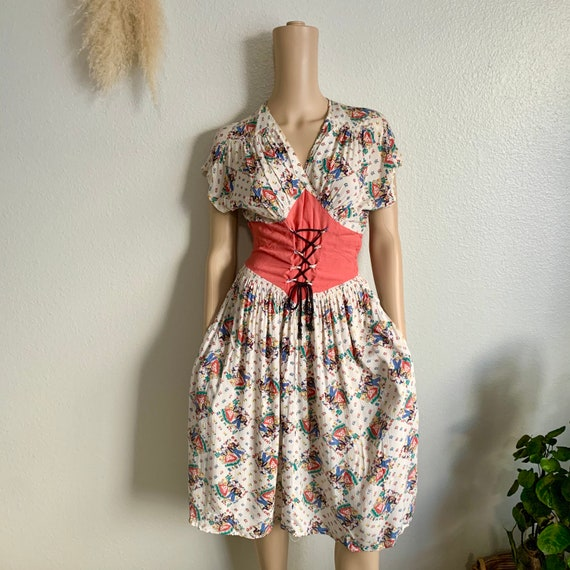 Vintage 40s / 50s novelty print dress / Austrian h