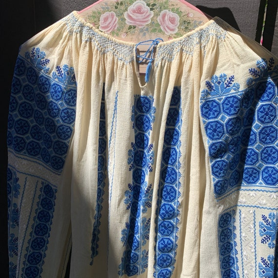 Vintage Hungarian Embroidered Blouse Size S - image 2