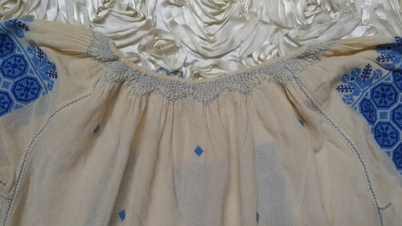 Vintage Hungarian Embroidered Blouse Size S - image 9