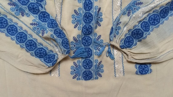 Vintage Hungarian Embroidered Blouse Size S - image 7