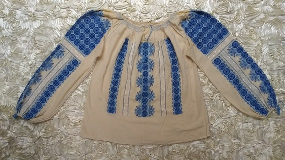 Vintage Hungarian Embroidered Blouse Size S - image 4
