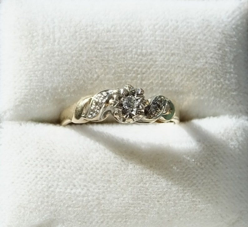 b2642b7386db3 9 Carat Gold Hallmarked & .04 Carat Diamond Ring - Size M 1/2