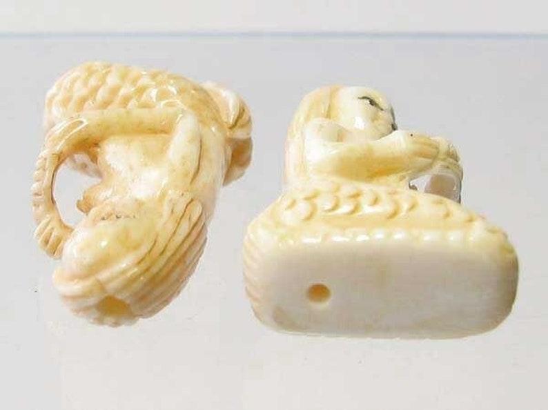 Grace Carved Seated Mermaid Waterbuffalo Bone Bead 9139