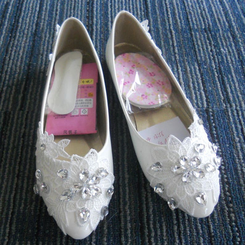 df4b56128d5ba Custom Lace Flower Pearls Wedding Shoes Party shoes Bridal shoes Lace Flat  Foot Ring Wedding Shoes