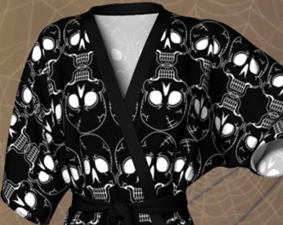 Skull KIMONO ROBE - Womens Kimono - HALLOWEEN Kimono - Robe - Lingerie - Black and White - Womens Robe - Womens Kimono Robe - Skeleton Robe