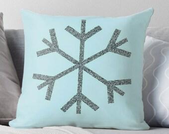 Holiday Decorative THROW PILLOW Snowflake Winter Holiday Pillow Seasonal Home Decor Christmas Pillow Christmas Home Decor Insert Inclued