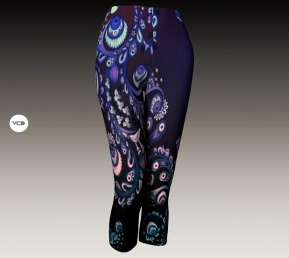 Floral CAPRI LEGGINGS Women's Floral Pattern Leggings Paisley Flower Print Leggings Yoga PANTS Yoga Leggings Yoga Capri Leggings Women's