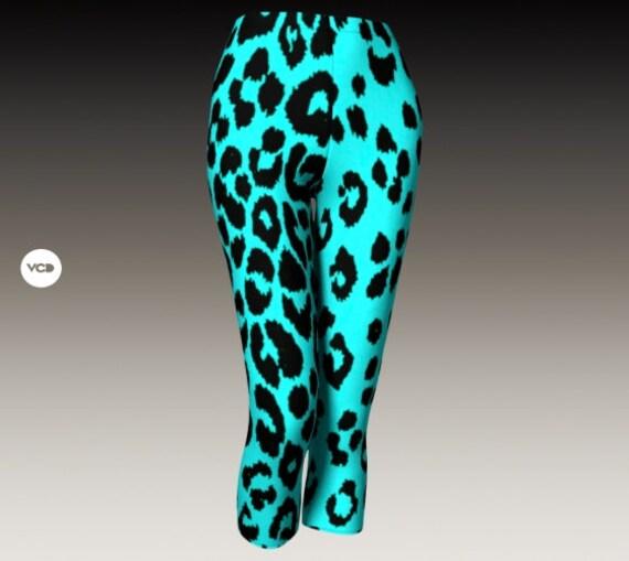 CHEETAH LEGGINGS WOMENS Capri Pants Yoga Capri Leggings Yoga Pants for Women Designer Leggings Women's Capri Leggings Cheetah Print Leggings