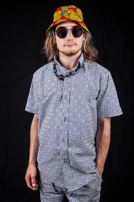 Petite chemise carré / africaine africaine / chemise pour hommes / / vêtements africain / / Festival chemise / / colorés haut / / deux pièces / / Highlife / / rouge 8abb1e