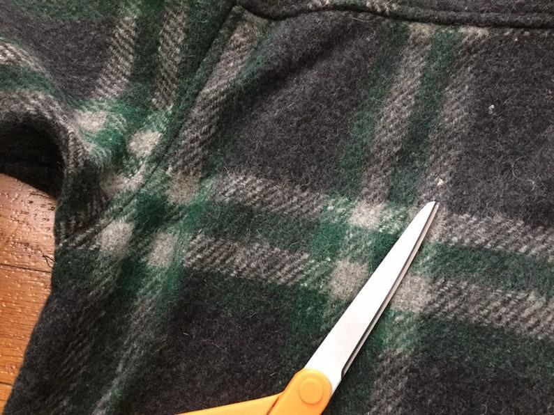 vtg Thick Wool Blend Plaid Flannel Shirt size MEDIUM ~ 19022