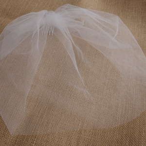 Vintage Style Petite Veil  Mini Blusher Illusion Tulle  Veil Ivory Tulle Birdcage Veil