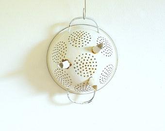 Vintage white enamel colander, simple metal sieve, enamelware strainer, Country kitchen decor, Farmhouse utensil, old wall decor, collection