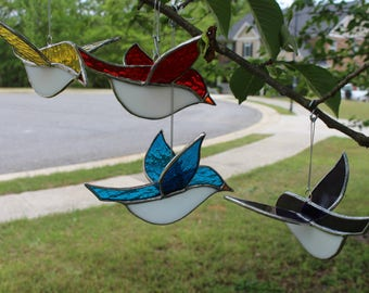 Stained glass 3-D bird suncatchers, Tiffany style garden decor home nature