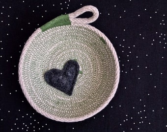 Scrappy Heart Trinket Bowl- cotton rope bowl