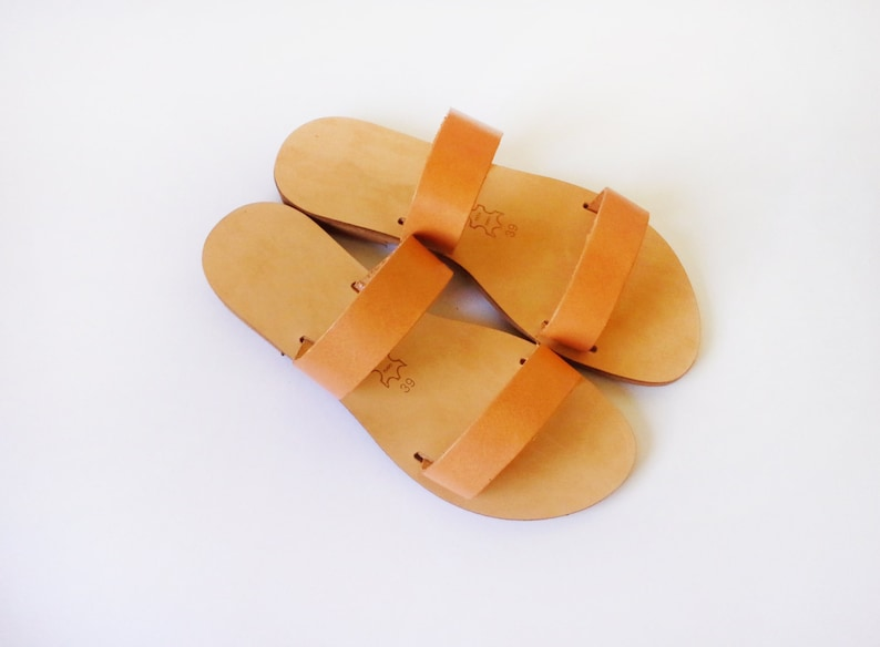 cf6ebf691cb48 Greek handmade leather sandals in natural leather