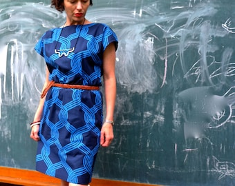 Sale! Marimekko Sulhasmies Gathered Waist Dress. Shift dress. Elastic Waistband dress. Mini dress. Kimono Sleeve Dress. Nautical Dress.