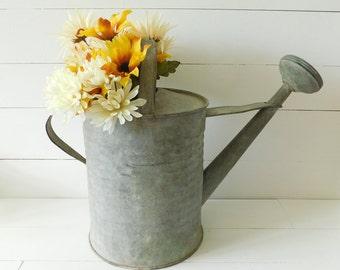 Decorative Metal Watering Can Pot Set//3 Leaf Design Fall Autumn Floral Decor