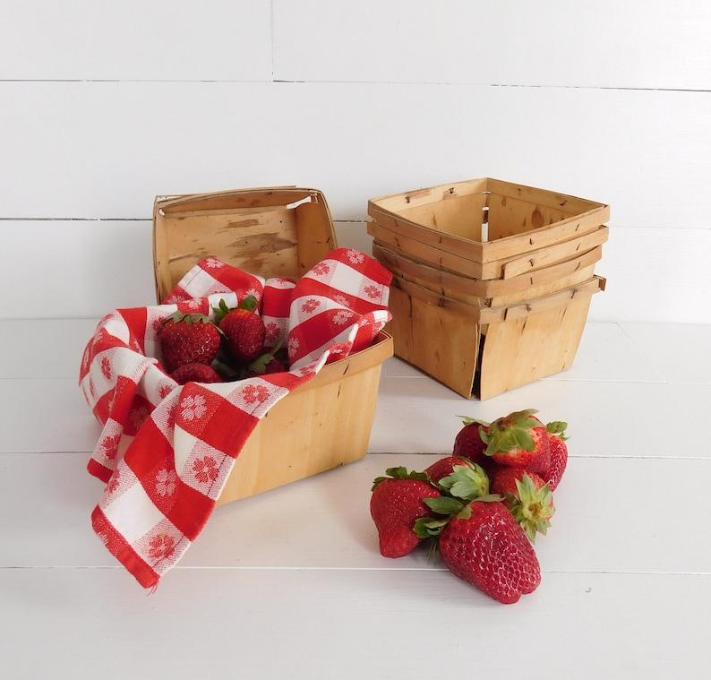 Vintage Split Wood Strawberry Baskets Farmers Market Basket Berry Basket Farm Kitchen Farmhouse Decor