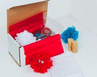 Pompoms galore kids' DIY kit