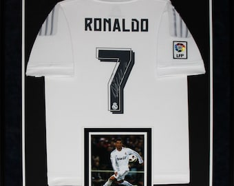 a120178df Cristiano Ronaldo Real Madrid FC Signed Soccer Football Jersey Collector  Frame