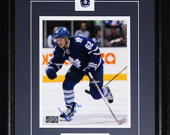 262b411226f William Nylander Toronto Maple Leafs signed 8x10 frame