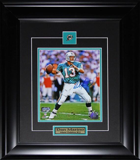 Dan Marino Miami Dolphins NFL football signed 8x10 frame  a06e6fa39