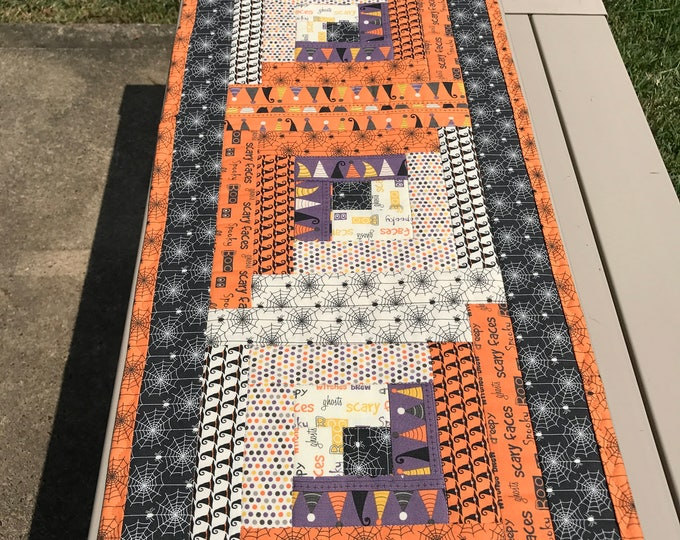 Quilted Log Cabin Halloween Table Runner