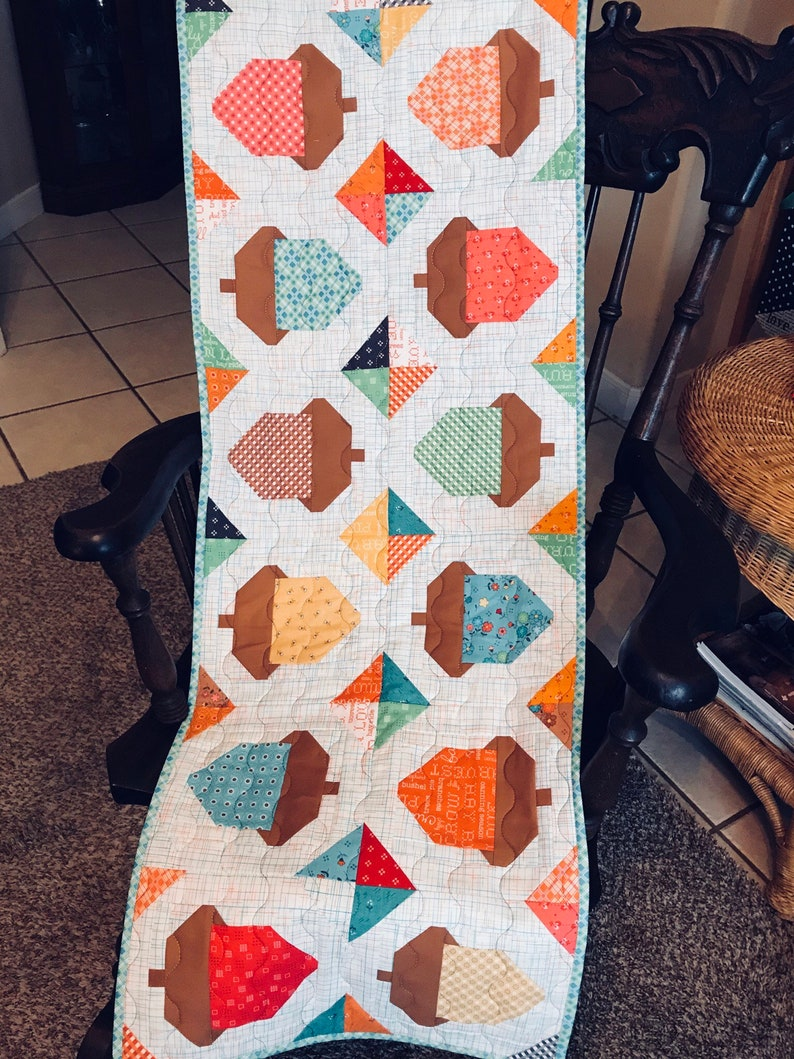 Quilted Acorn Table Runner