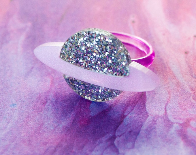 Silver Glitter Pearlescent Pink Laser Cut Acrylic Saturn Ring / Planet Jewelry / Space Ring / Galaxy Jewelry / Pastel Jewelry