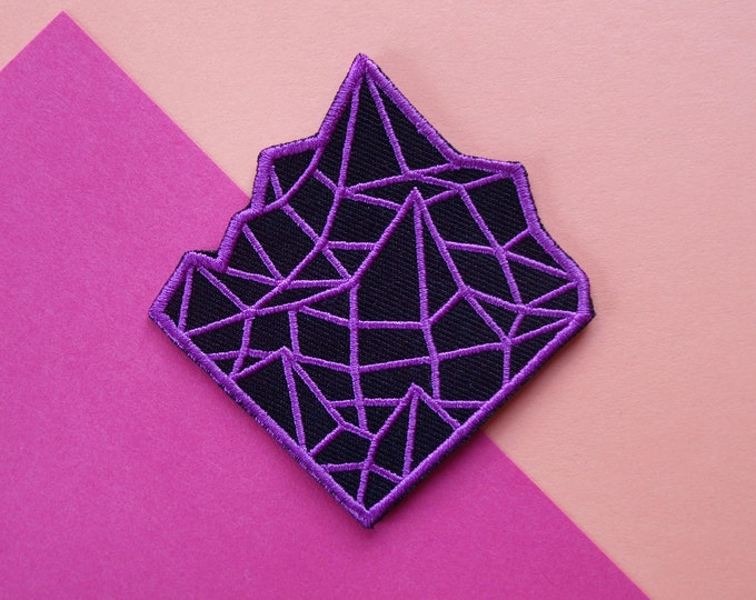 Synthwave Mountain Embroidered Patch / Sew On / Black & Neon Purple / Outrun Inspired / Cyberpunk / Geometric / Futuristic / Low Poly