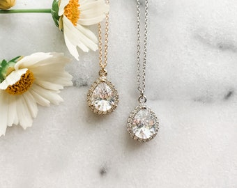 Cubic Zirconia Teardrop Necklace, Classic Bridesmaid Necklace, Cubic Zirconia Bridesmaid gift, CZ Necklace, Gifts for Her